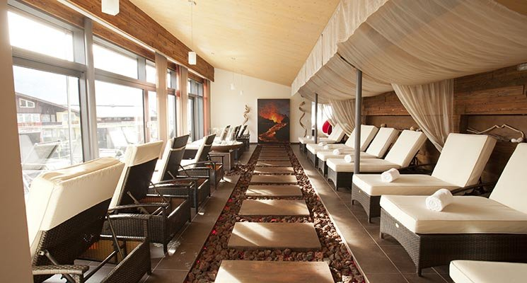 zell am see divorced singles Centrally located in a quiet part of zell am see, hotel tirolerhof is the ideal accommodation for your europian ski break destinations your ski break  single .